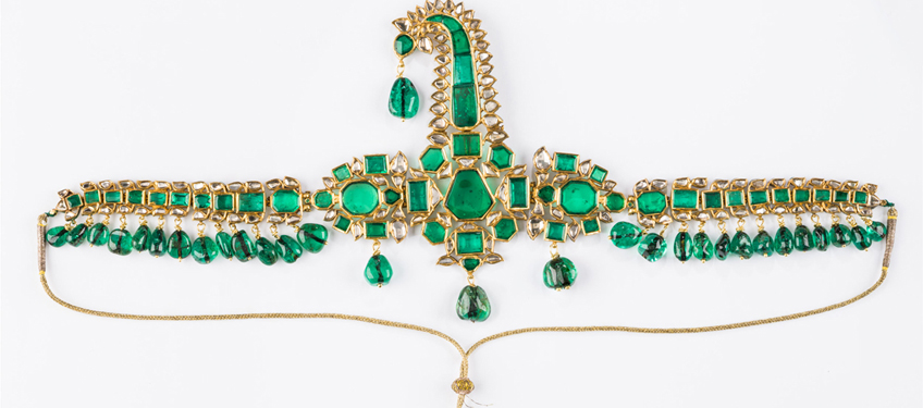 Set in Stone: Gems and Jewels from Royal Indian Courts ar 1